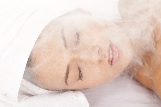 Facial Steaming and Extractions
