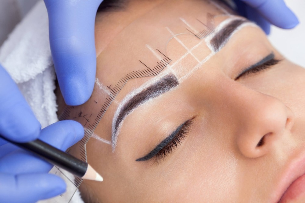 microblading eyebrows step by step